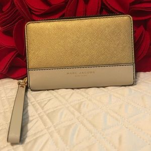 Marc Jacobs Wallet Wristlet